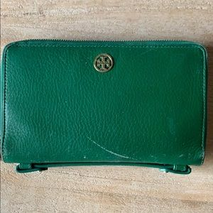 Leather Tory Burch zipper wallet clutch